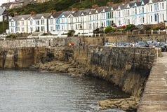 Porthleven hamn i Cornwall Arkivbild