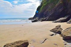 Porthluney liten vik - Cornwall Arkivfoton
