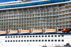 portholes lifeboats балконов стоковые изображения
