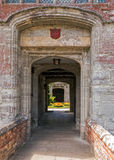 Porthusingång, Baddesley Clinton Manor House, Warwickshire Royaltyfri Fotografi