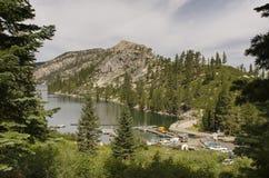Porticciolo del lago mountain Fotografie Stock