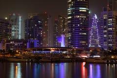 Porticciolo della Doubai alla notte Immagini Stock Libere da Diritti