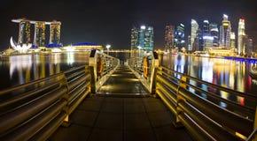 Porticciolo di Singapore alla notte Fotografie Stock Libere da Diritti