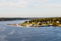 Porticciolo e case sulla riva di Sydney Nova Scotia Fotografia Stock