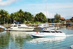 Porticciolo e yacht della laguna della barca Fotografia Stock Libera da Diritti