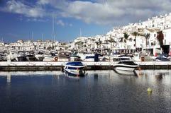 Porticciolo famoso di Puerto Banus vicino a Marbella su Costa del Sol Fotografia Stock Libera da Diritti