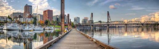 Porticciolo sul fiume di Willamette a Portland Oregon Fotografie Stock