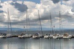Porticciolo sul lago Lemano nel primo mattino, Montreux, Svizzera Fotografie Stock Libere da Diritti