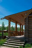 Portico di legno di grande casa fotografia stock