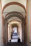 Porticoesen av bolognaen royaltyfria bilder