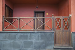 Portiek houten traliewerk Stock Afbeelding