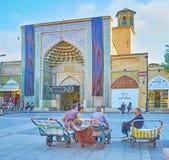 Portiers pluss âgé à Chiraz, Iran Photos libres de droits