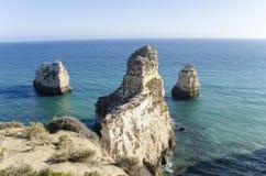 Portimaorotsen in Algarve, Portugal Royalty-vrije Stock Afbeeldingen