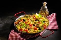 Portion saine des verduras de Paella avec l'asperge Photographie stock libre de droits