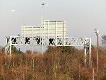 Portique de l'autoroute M25, Hertfordshire photos libres de droits