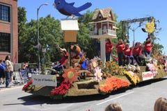 Portland - 12 giugno - 2010: Parata di festival della Rosa Immagine Stock Libera da Diritti