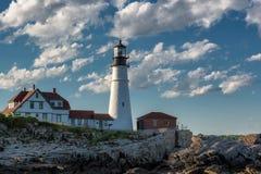 Portland Head ljus på solnedgången i udde Elizabeth, Maine, USA royaltyfri foto