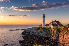 Portland-Kopf-Leuchtturm bei Sonnenaufgang lizenzfreies stockfoto