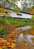 Portland Mills Covered Bridge im Herbst Stockbilder