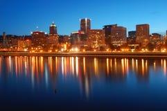 Portland Oregon bij Nacht Stock Fotografie