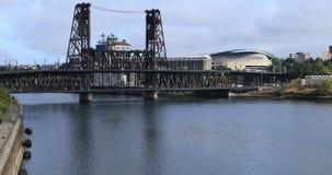 Portland, Oregon centrum miasta i most nad Willamette rzeką 4K, zdjęcie wideo