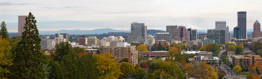 Portland Oregon Cityscape in Fall Royalty Free Stock Photography