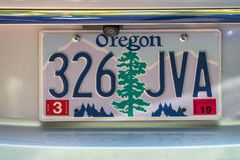 PORTLAND, OREGON - 19 DE AGOSTO DE 2017: Placa do carro de Oregon A natureza é Foto de Stock