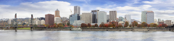 Portland Oregon Downtown Waterfront Fall Skyline Royalty Free Stock Images