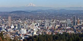 Portland Oregon panorama from Pittock Mansion. Royalty Free Stock Photography