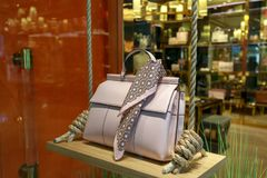 Tory Burch bag on display at Pioneer Place, shopping mall, in downtown Portland. Portland, Oregon, USA - April 27, 2018 : Tory Burch bag on display at Pioneer Stock Photo