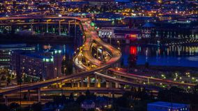 Portland sopra l'autostrada senza pedaggio 656 di Marquam stock footage