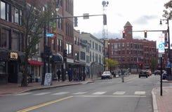 Portlandzkiej Maine ulicznej sceny Kongresowa ulica przy Lasową aleją Październik 30, 2018 obraz royalty free