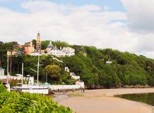 Portmeirion村庄和海滩 免版税库存图片