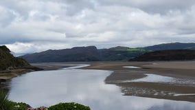 Portmeirion bred flodmynning - Wales Royaltyfri Fotografi