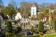 Portmeirion by, norr Wales Arkivfoto