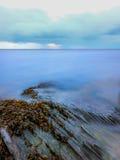 Portmeirions-Küste, langfristige Belichtung Stockfoto