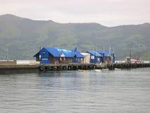 Porto in Akaroa, Nuova Zelanda fotografie stock