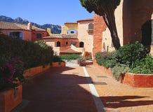 Porto Cervo rode huizen royalty-vrije stock afbeelding