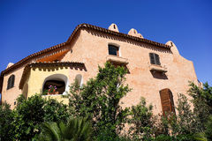 PORTO CERVO SARDINIA/ITALY - 19. MAI: Buntes Haus in Porto C Lizenzfreie Stockbilder