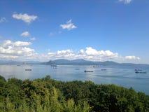 Porto con le navi Immagini Stock Libere da Diritti