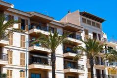 Porto Cristo Hotel en de palmen, Majorca, Spanje Royalty-vrije Stock Foto's