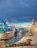 Porto da paisagem. Monopoli. Apulia. Imagens de Stock