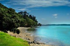 Porto de Auckland - praia de Maraetai Fotos de Stock Royalty Free