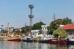 Porto de Burgas no dia de verão seaside fotografia de stock royalty free
