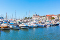 Porto de Cannes, dAzur da costa, França Imagem de Stock Royalty Free