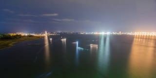 Porto de Charleston na noite do por do sol fotos de stock