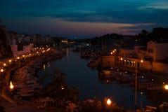 Porto de Ciutadella na noite imagem de stock