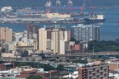 Porto de Durban e a cidade fotografia de stock