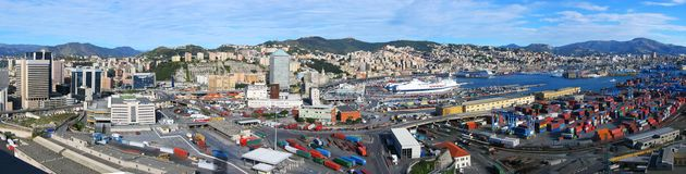 Porto de Genoa imagens de stock