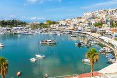 Porto de Mikrolimano em Piraeus, Atenas, Grécia fotos de stock